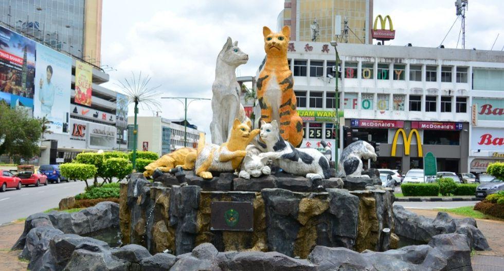 """4. Kuching (Malasia). Kuching significa """"ciudad de gatos"""" en malayo. Tiene un excéntrico museo temático y monumentos en toda la urbe. (Foto: Shutterstock)"""