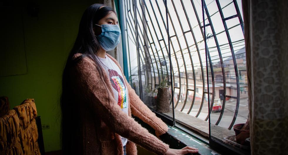 Stefany tiene 16 años y es una de las corresponsales escolares. Ella ha escrito sobre los emprendimientos en pandemia en su distrito Comas.  (Foto: Francesca Raffo)