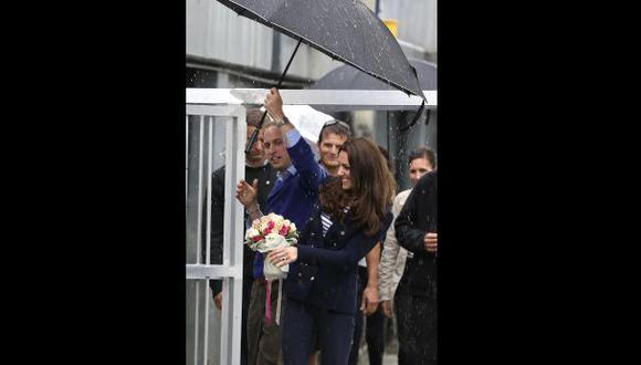Kate Middleton causó sensación con blazer azul en Nueva Zelanda