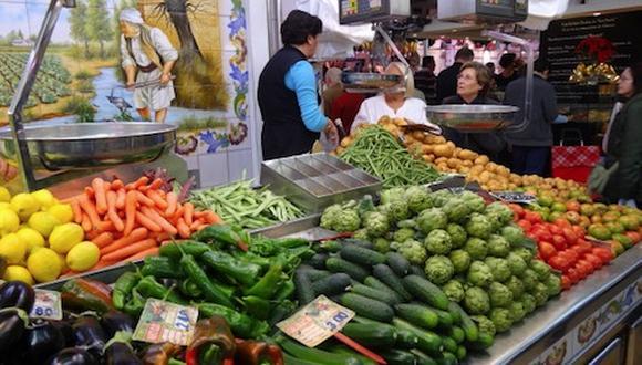 El ministro de Desarrollo Rural y Tierras de Bolivia, Mauricio Ordoñez, informó, a fines de la semana pasada, que el gobierno de ese país decidió suspender los permisos de importación de cebolla, papa y otras hortalizas procedentes del Perú