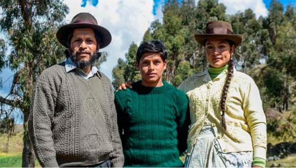 """Amiel Cayo,  Junior Béjar Roca y Magaly Solier, actores de """"Retablo"""". (Foto: Difusión / Álvaro Delgado Aparicio)"""