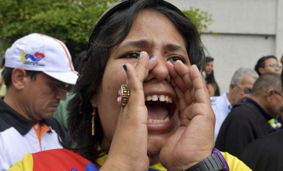 Trabajadores exigen mejores salarios en medio de la crisis económica venezolana.