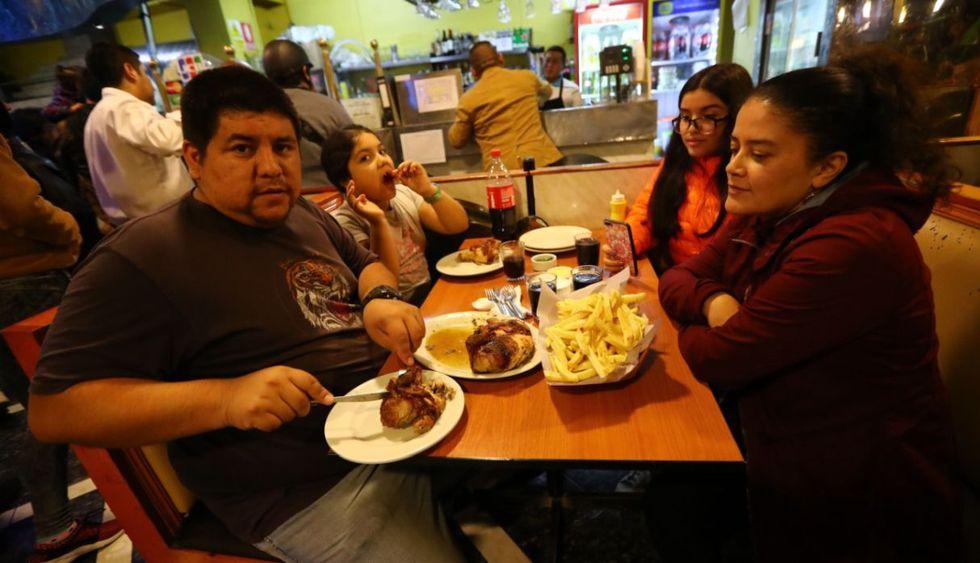 Así celebró el Día del Pollo a la Brasa en Lima. (Francisco Neyra/GEC)