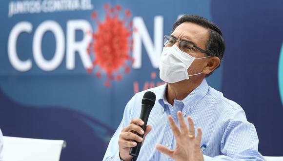 El presidente Martín Vizcarra da una conferencia a los medios de prensa ayer.
