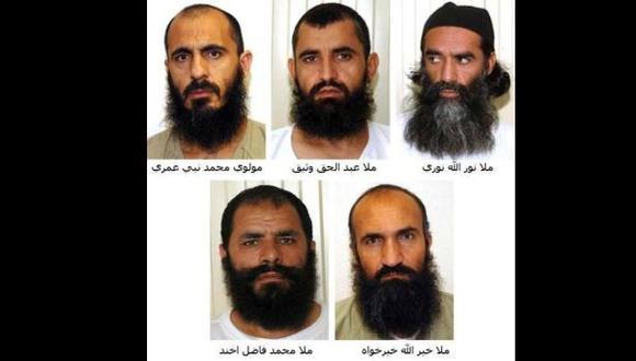 Los cinco talibanes liberados de Guantánamo llegaron a Qatar