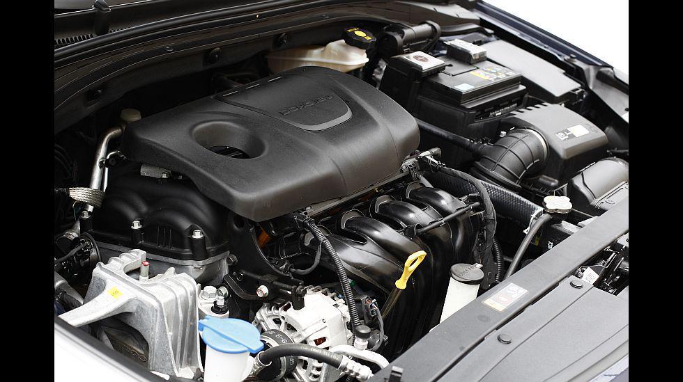 La única opción en cuanto a motorización es una de 1,6 litros que produce 126 HP y un torque de 15,7 kg.m. Puede ir ligado a una caja automática o manual de seis velocidades.
