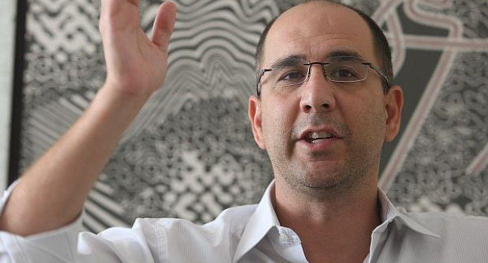 Policía sufrió amenaza de aborto tras agresión de Pablo Secada
