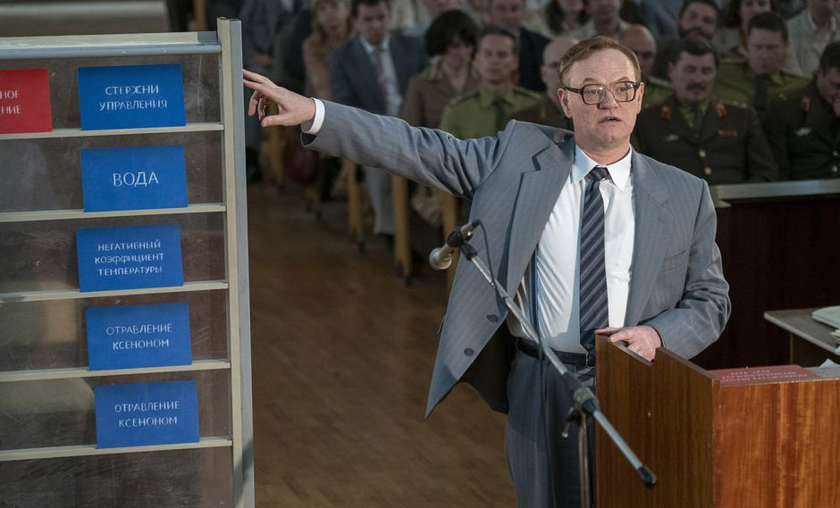 """Valery Legásov (Jared Harris) en el final de """"Chernobyl"""". Foto: HBO."""