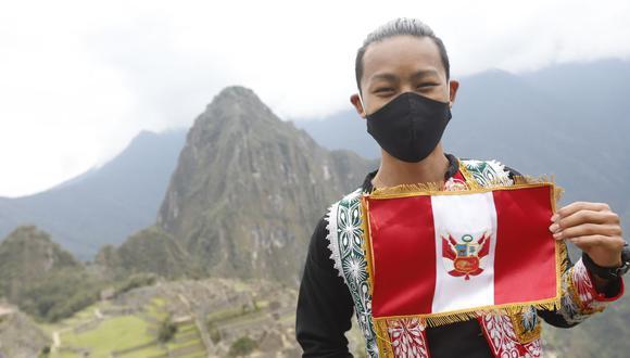 En la ceremonia participó el ciudadano japonés Jesse Katayama, quien se convirtió en el primer turista en ingresar a Machu Picchu tras ser reabierto al público en el contexto de la pandemia del COVID-19. (Foto: Mincetur)