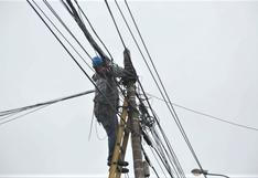 Miraflores: sancionarán con hasta S/107.500 a empresas que no retiren cables aéreos en desuso