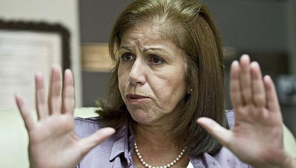 Lourdes Flores minimizó crecimiento de Acuña en las encuestas