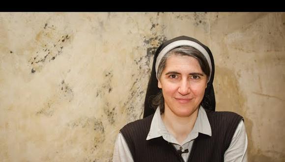 Teresa Forcades se especializó en Salud Pública en Estados Unidos. Al regresar a España decidió convertirse en religiosa. Sin embargo, no ha dejado de cuestionar a las empresas farmacéuticas.