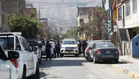 El agresor fue llevado a la Depincri y luego trasladado a la División de Homicidios. (Foto: Eduardo Cavero)
