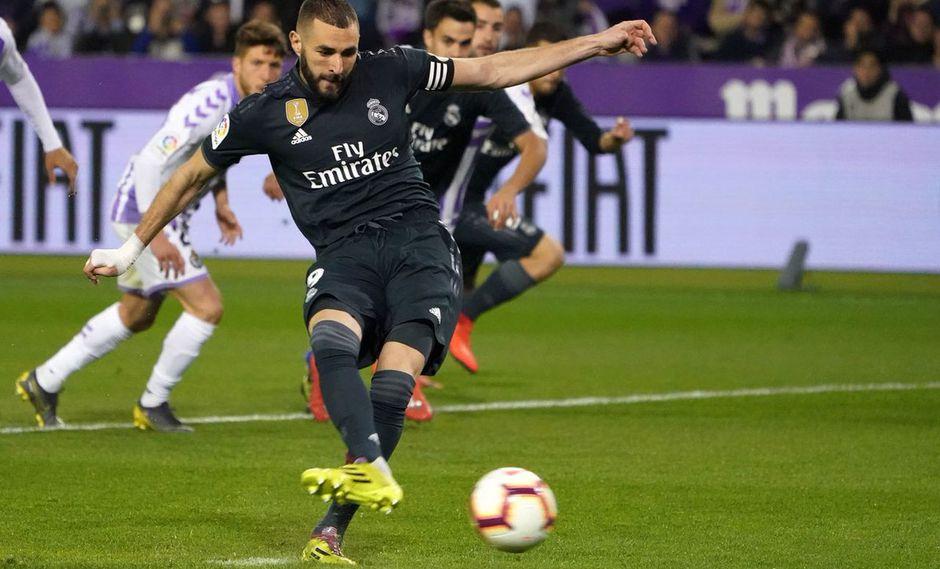 Karim Benzema anotó la segunda conquista del Real Madrid frente al Valladolid y revirtió el marcador del duelo válido por la fecha 27 de LaLiga Santander. (Foto: AFP)