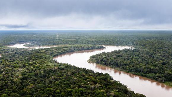 Una madre busca desesperadamente a su hijo menor de 8 años, quien fue arrastrado por las aguas del río Amazonas. (Foto referencial: El Comercio)