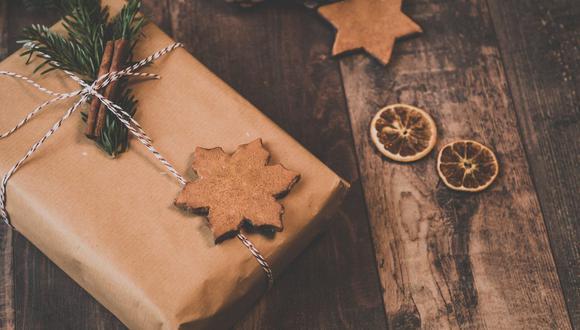 En esta Navidad puedes elaborar tu propio regalo usando material ecológico, una opción especial para quien lo reciba. No olvides envolverlo en papel Kraft. (Foto: Ylanite Koppens / Pixabay)