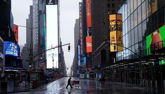 Nueva York está en confinamiento desde el domingo para frenar el coronavirus. (REUTERS/Carlo Allegri).