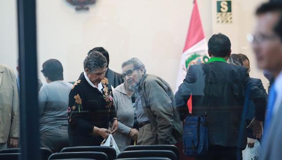 Abimael Guzmán anunció que no hará ningún tipo de defensa y pide a su abogado que no realice su alegato final. (Foto: Archivo El Comercio)