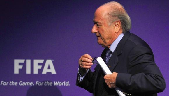 En EE.UU. aseguran que FBI está investigando a Joseph Blatter
