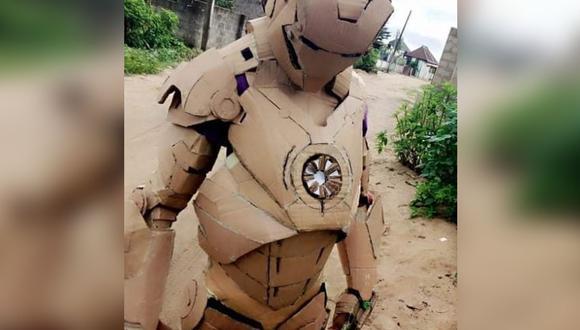 Esta es el traje que confección Praise Kelechi con cartón. Su arte se ha vuelto viral en Instagram y demás redes sociales.  | Foto: praise_kelechi1/Instagram