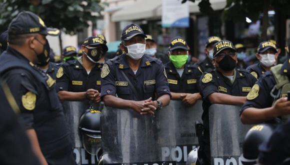 Las fuerzas del orden se encargarán de evitar las aglomeraciones que pueden convertirse en focos de contagio de coronavirus. (Foto: Violeta Ayasta / GEC)