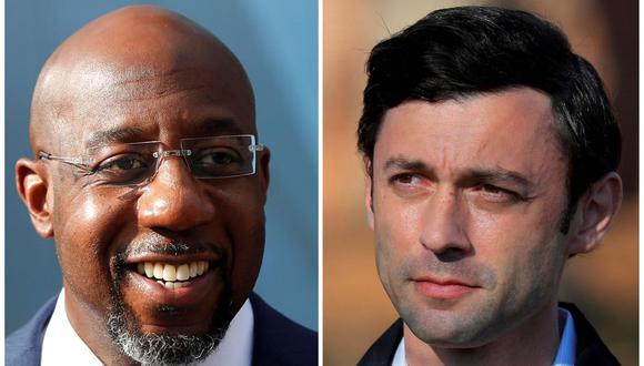 Los candidatos demócratas al Senado de Estados Unidos, el reverendo Raphael Warnock (izquierda) y Jon Ossoff, ganaron los escaños por Georgia. (REUTERS / Mike Segar, Brian Snyder).