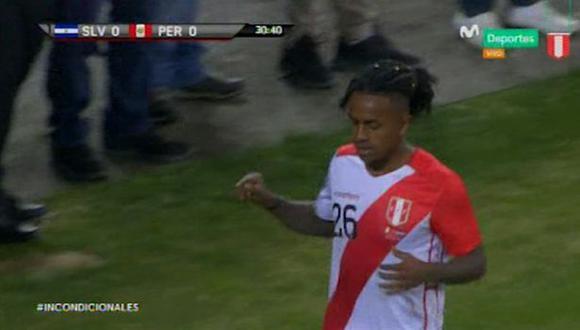 Perú vs. El Salvador: Reyna amagó, superó a defensa pero el arquero evitó el 1-0. (Foto: captura)