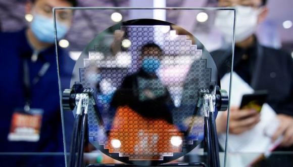 Líderes de las grandes empresas tecnológicas le dijeron a la BBC que el problema de la escasez de chips se puede prolongar hasta dos años. (Foto: Reuters)