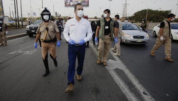 Gastón Rodríguez, entregó esta mañana 14 ventiladores mecánicos al Hospital Central Policía Nacional Del Perú, situado en el distrito de Jesús María, para una mejor atención a los agentes policiales diagnosticados con COVID-19. (Foto: César Grados)