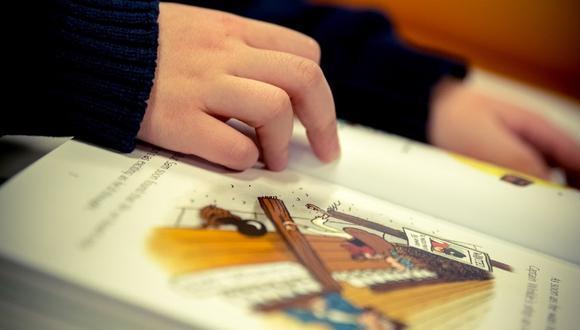 Sigue estos consejos para motivar la lectura en los menores del hogar.