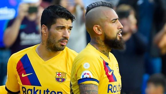 Arturo Vidal y Luis Suárez podrían ir a Inter de Milán y Juventus, respectivamente. (Foto: AFP)