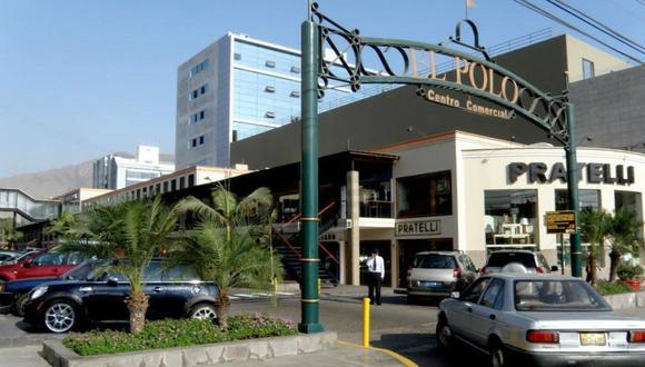 Las transacciones en el centro comercial El Polo han aumentado y también están siendo más efectivas porque la gente va directo a comprar, afirma Alfredo Balbuena, vicepresidente de la junta de propietarios del 'mall'.