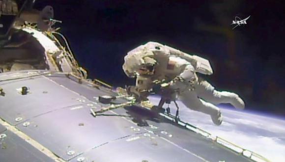 EEI: fuga de agua acorta caminata exterior de astronautas