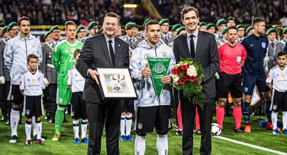 Podolski recibió despedida apoteósica en Signal Iduna Park - 2