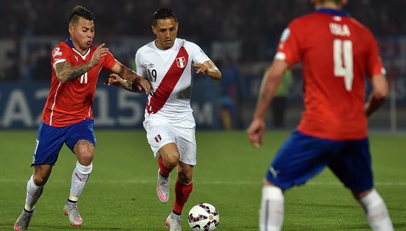 La última vez que se jugó un Perú vs. Chile por Copa América fue la semifinal del 2015. (Foto: AFP)
