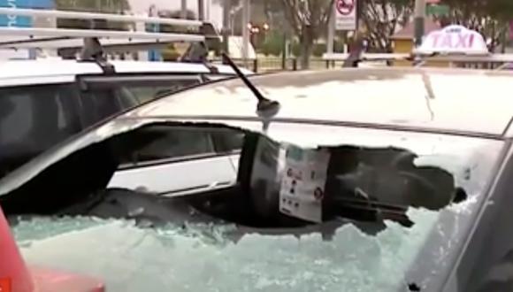 El hecho ocurrió a la altura del centro comercial Molicentro en La Molina. Foto: captura de pantalla.