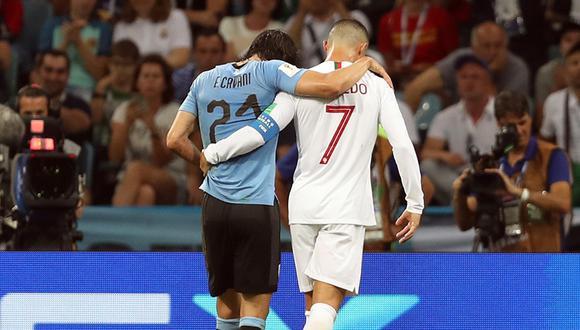 Edison Cavani y Cristiano Ronaldo demostraron compañerismo; lo que es un ejemplo para los hinchas. (Foto: Reuters)