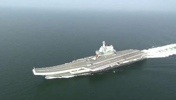China puso en operaciones al Shandong, su segundo portaaviones que es capaz de llevar 40 cazas.