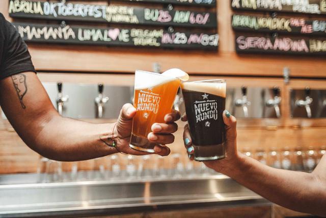 Nuevo Mundo tiene bares en Miraflores (Manuel Bonilla), Cusco, San Juan de Lurigancho y tenía en planes abrir tres ubicaciones más en el interior del país.
