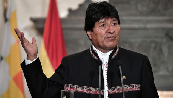 Bolivia expulsa a venezolanos que protestaban frente a la embajada de Cuba. (AFP)