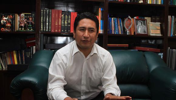 El secretario general de Perú Libre aseguró que tras la resolución que anula su sentencia retornará al hospital para sus labores como médico y a ser docente universitario. (Foto: El Comercio)