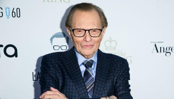 """Larry King alcanzó fama gracias a su programa nocturno de entrevistas """"Larry King Live"""", emitido por CNN. (Foto: Rich Fury/ AFP)"""