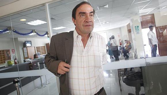 Lescano propone derogar decreto que aumentó sueldo de ministros