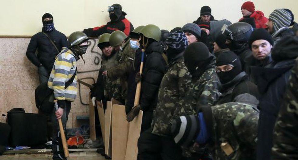 Ucrania ofrece amnistía a los detenidos en protestas