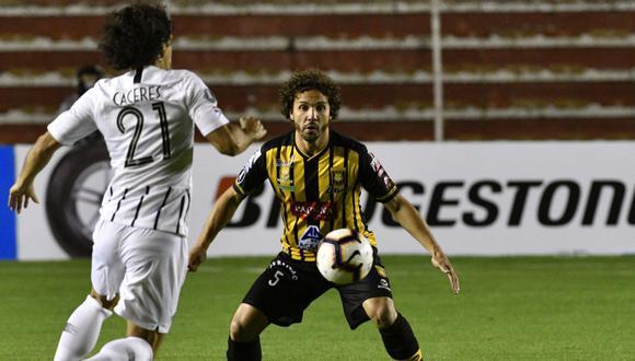 En el Hernando Siles de La Paz, The Strongest ganaba con tanto de Bejarano, hasta que Martínez puso el 1-1 definitivo para Libertad. (Foto: AFP)