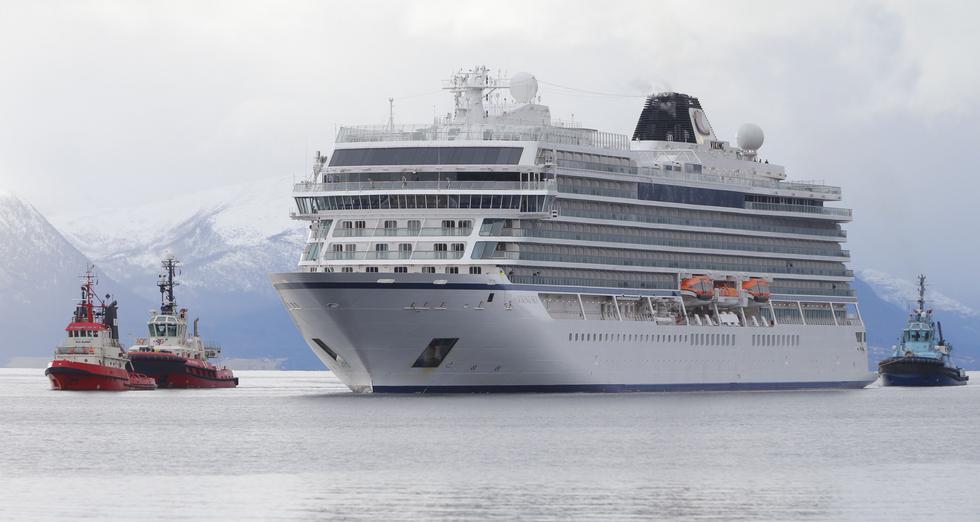 El crucero Viking Sky alcanza puerto de Molde tras dramática evacuación en Noruega. (AFP).