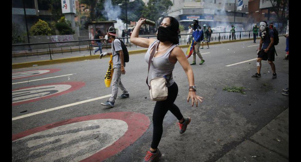 Venezuela: Duros enfrentamientos en calles de Caracas [FOTOS] - 22