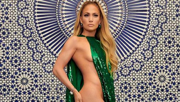 Jennifer López a pesar de sus 49 años sigue sorprendiendo con su espectacular figura y sus glamour. (Getty).