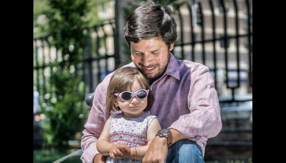 El escritor peruano lanza su diario de paternidad gracias a la editorial Penguin Random House.