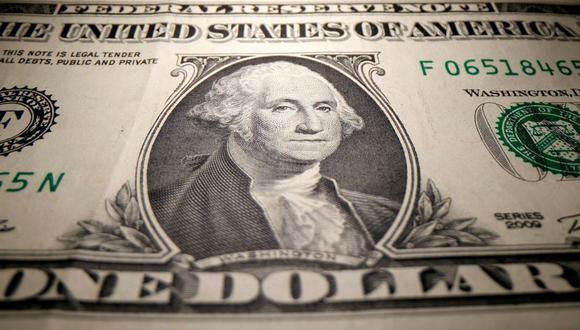 El dólar se cotizaba por encima de 4.1 millones de bolívares soberanos en Venezuela este jueves. (Foto: Reuters)